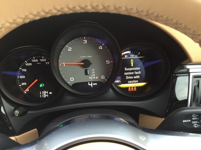 Suspension System Fault - Porsche Macan Forums