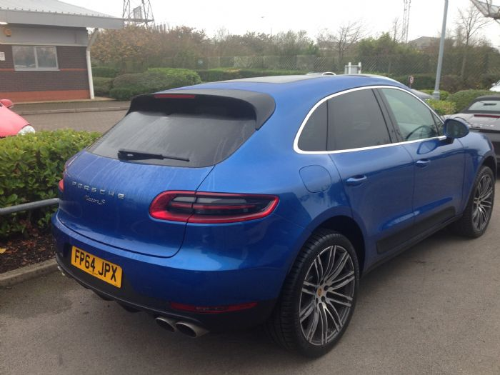 Blue With 21 Turbo Wheels Porsche Macan Forums